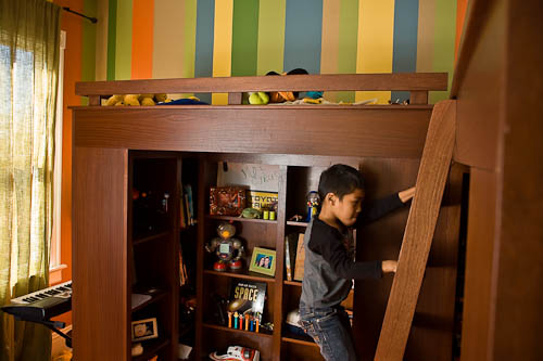 Laddar and railing safety for made to order bunk beds