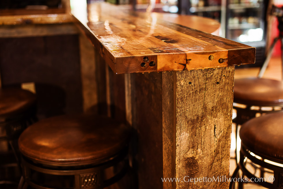 Built to suit in-home bar : custom wood bar order