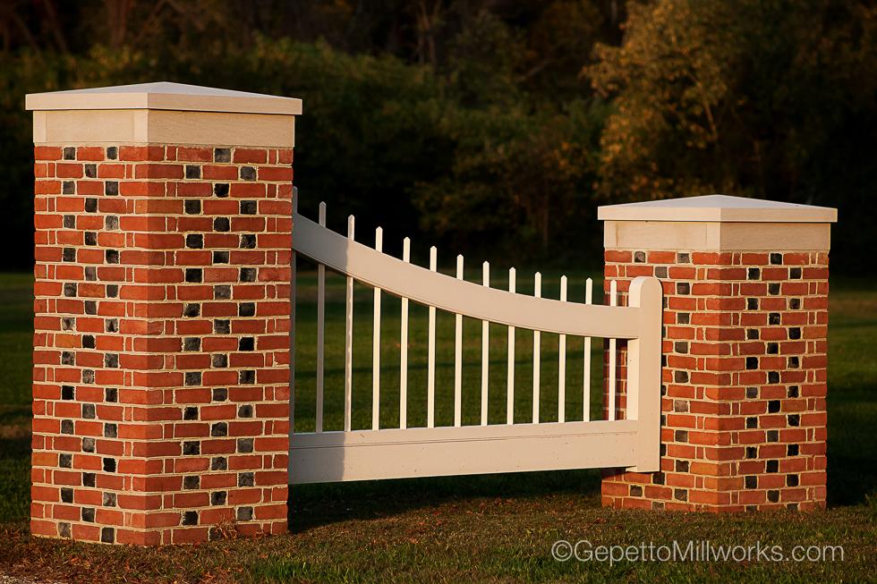 Solid Wood Gate Fabricators Virginia
